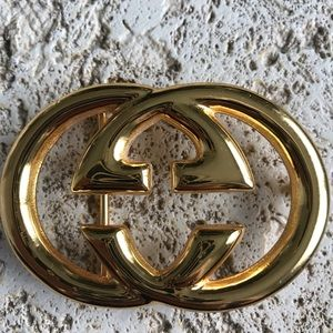 Gucci belt buckle in excellent condition
